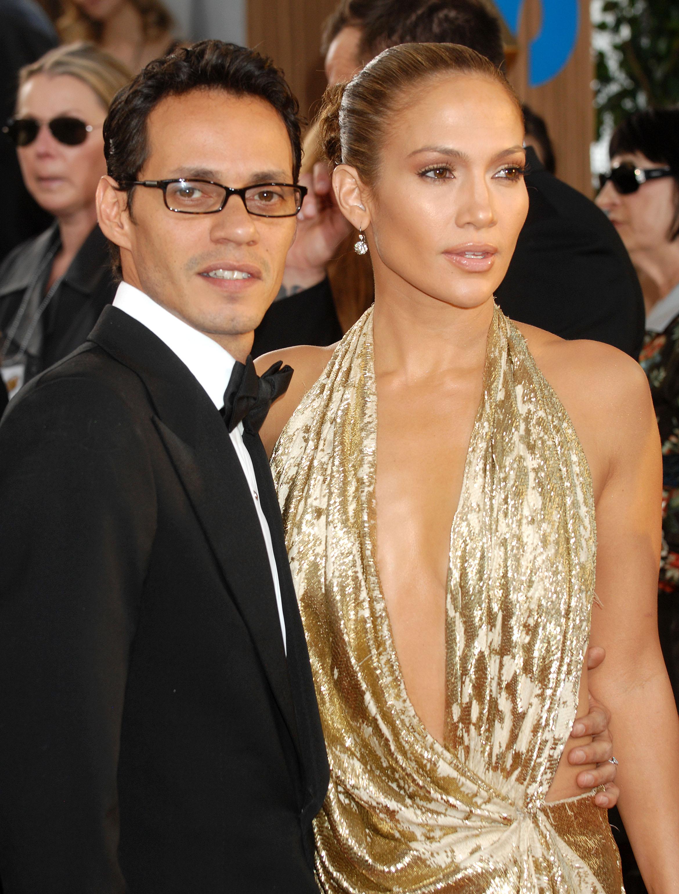 29184_Celebutopia-Jennifer_Lopez_arrives_at_the_66th_Annual_Golden_Globe_Awards-09_122_62lo.JPG