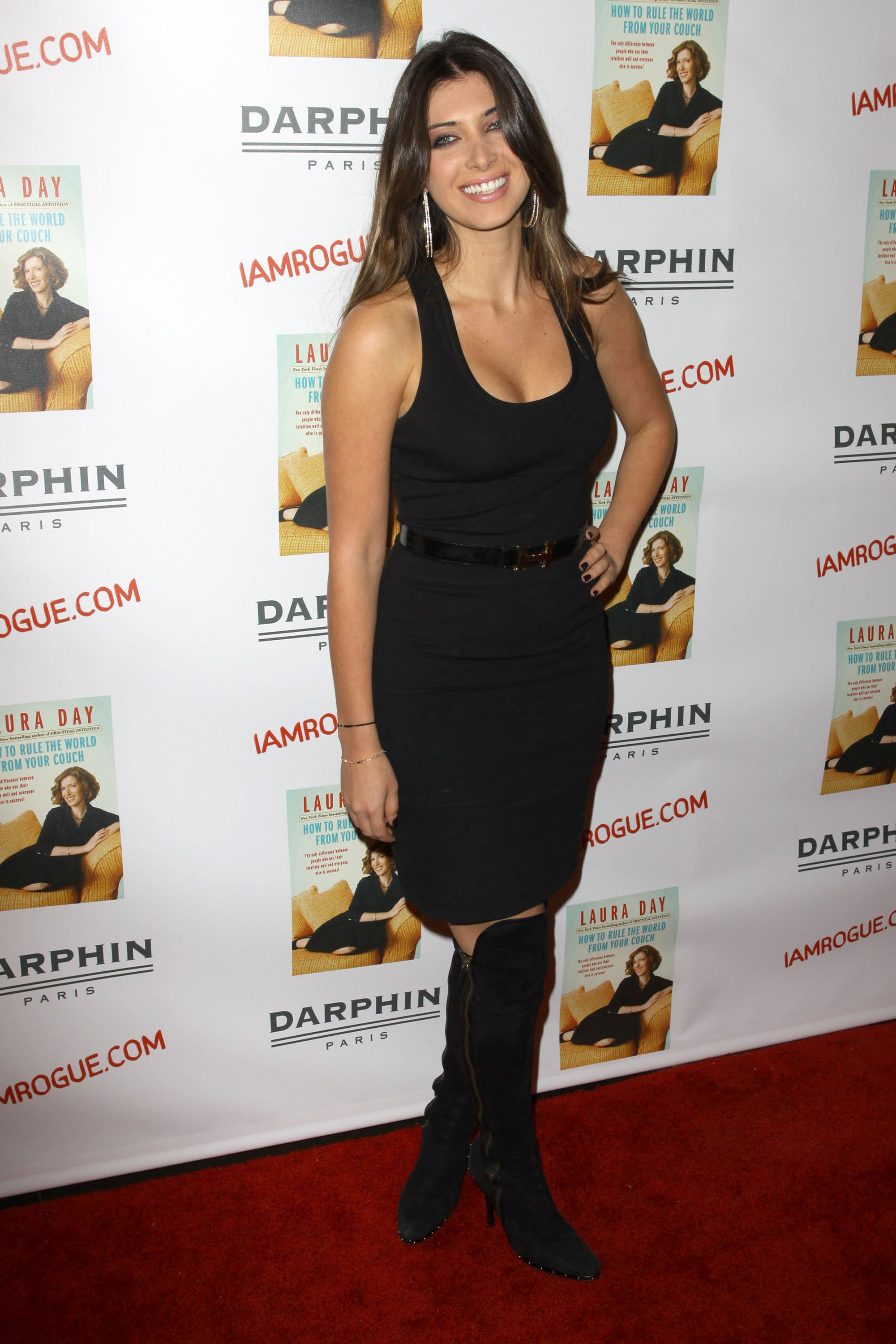 02401_celebrity-paradise.com-The_Elder-Brittny_Gastineau_2009-10-19_-_Book_Party_For_Laura_Day_165_122_373lo.jpg