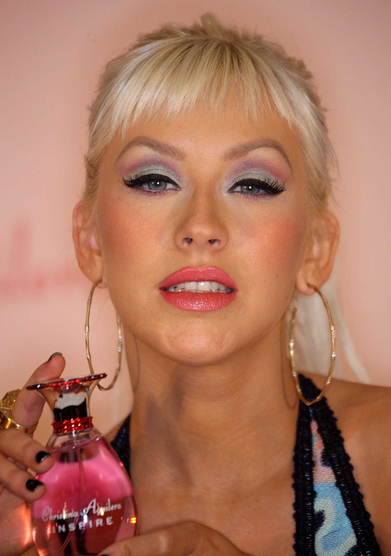 33123_Celebutopia-Christina_Aguilera_launches_her_new_perfume_Inspire-02_122_177lo.jpg