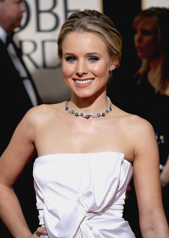 77699_Kristen_Bell_arrives_at_the_67th_Annual_Golden_Globe_Awards-2_122_431lo.jpg