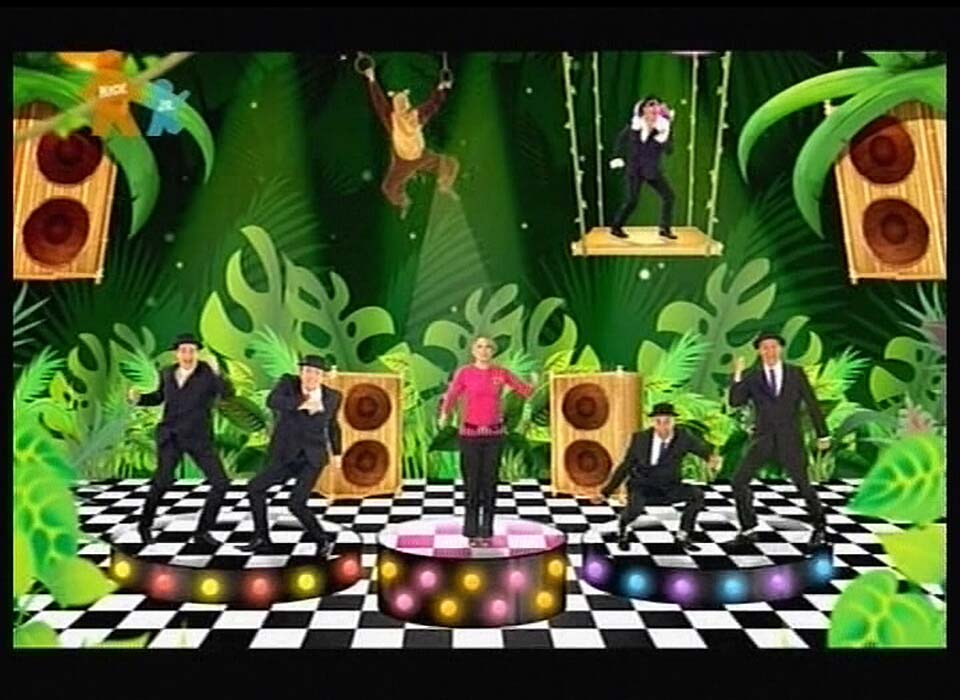 03435_Kylie_Minogue_and_the_Wiggles_Monkey_Man_1_122_160lo.jpg