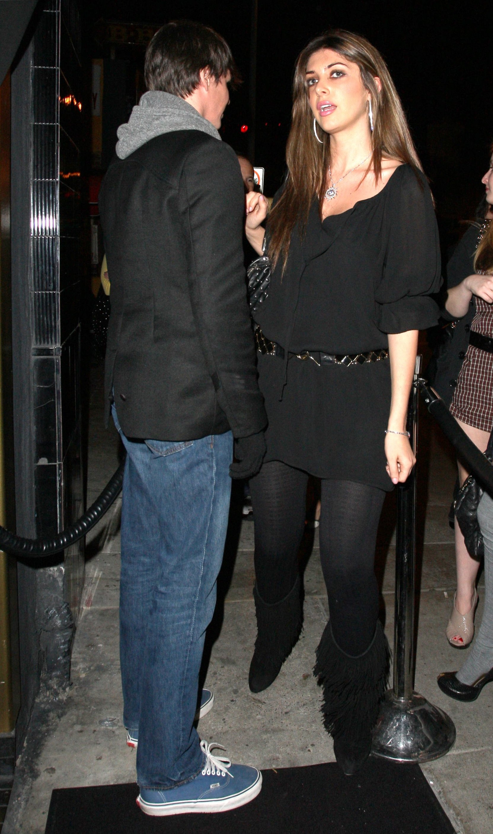 64166_Brittny_Gastineau_2009-02-26_-_arriving_at_Bar_Deluxe_in_Hollywood_133_122_387lo.jpg