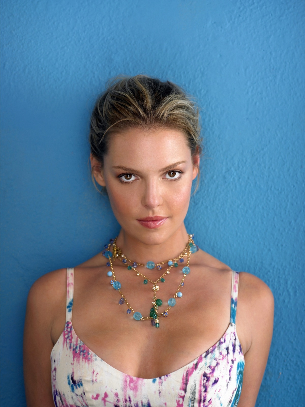 82544_Katherine_Heigl_Razor_Magazine_Photoshoot__May_2009_003_122_59lo.jpg