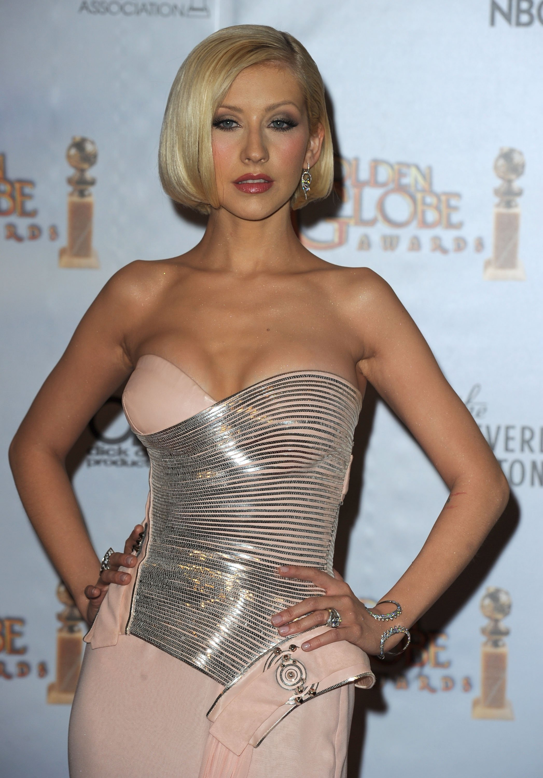 83546_Celebutopia-Christina_Aguilera_-67th_Annual_Golden_Globe_Awards_Press_Room-01_01_122_232lo.jpg