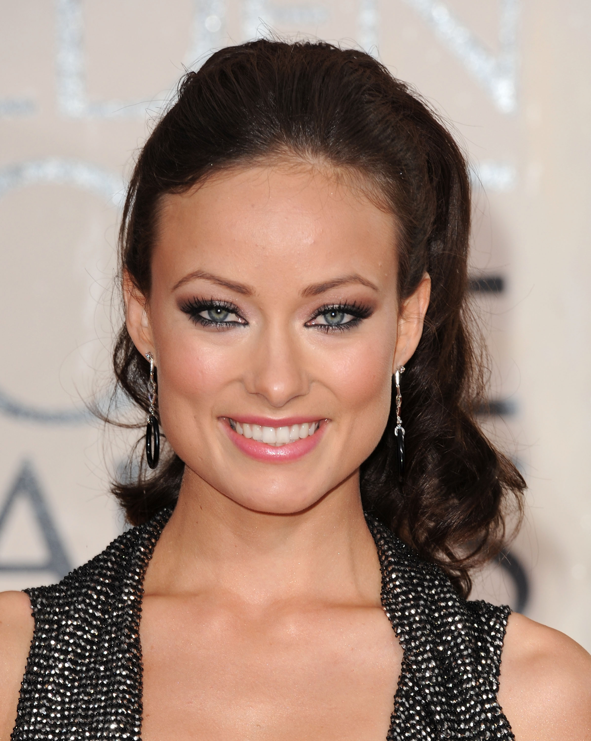 78494_Olivia_Wilde_arrives_at_the_67th_Annual_Golden_Globe_Awards-9_122_235lo.jpg