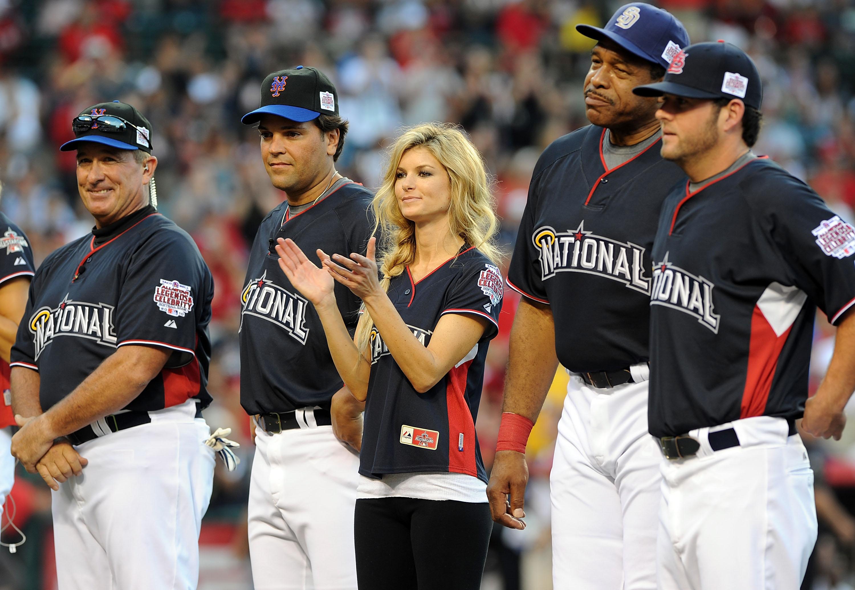 38184_Marisa_Miller_MLB_All_Star_Celebrity_Softball_Game_10_122_29lo.jpg