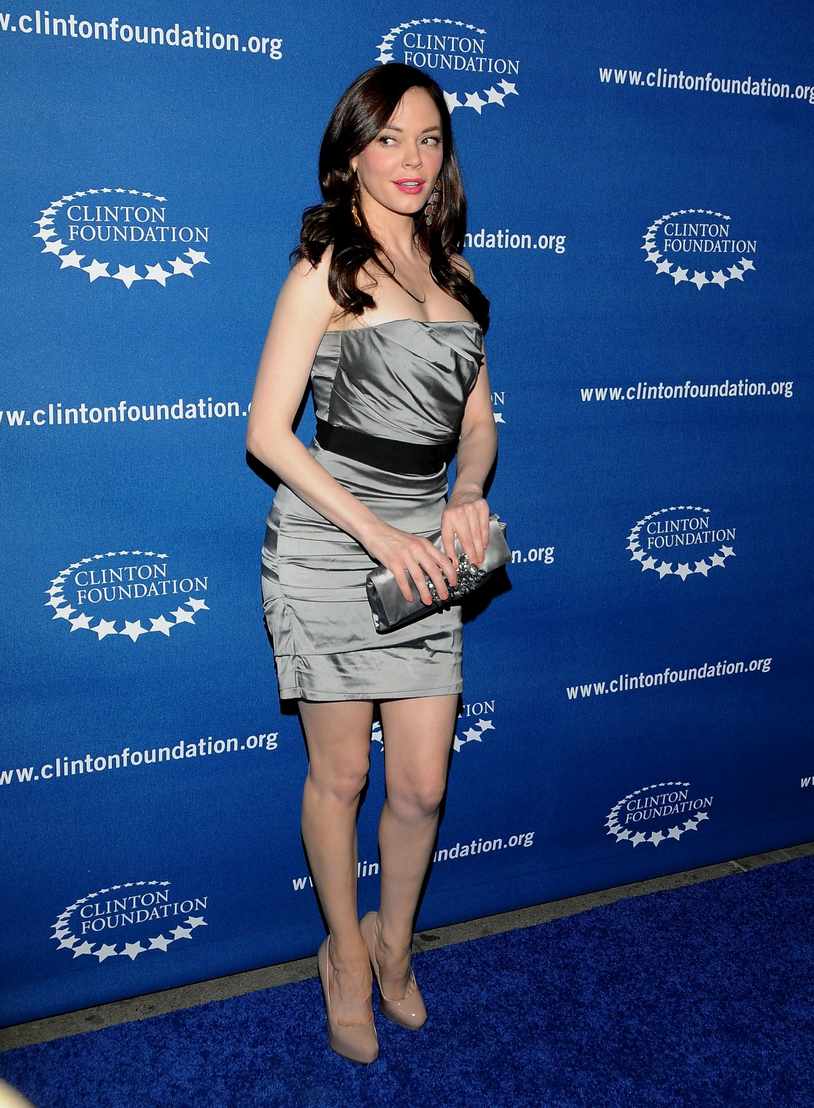 751836167_Rose_McGowan_Millennium_Network_Event_in_Hollywood_March_17_2011_09_122_356lo.jpg