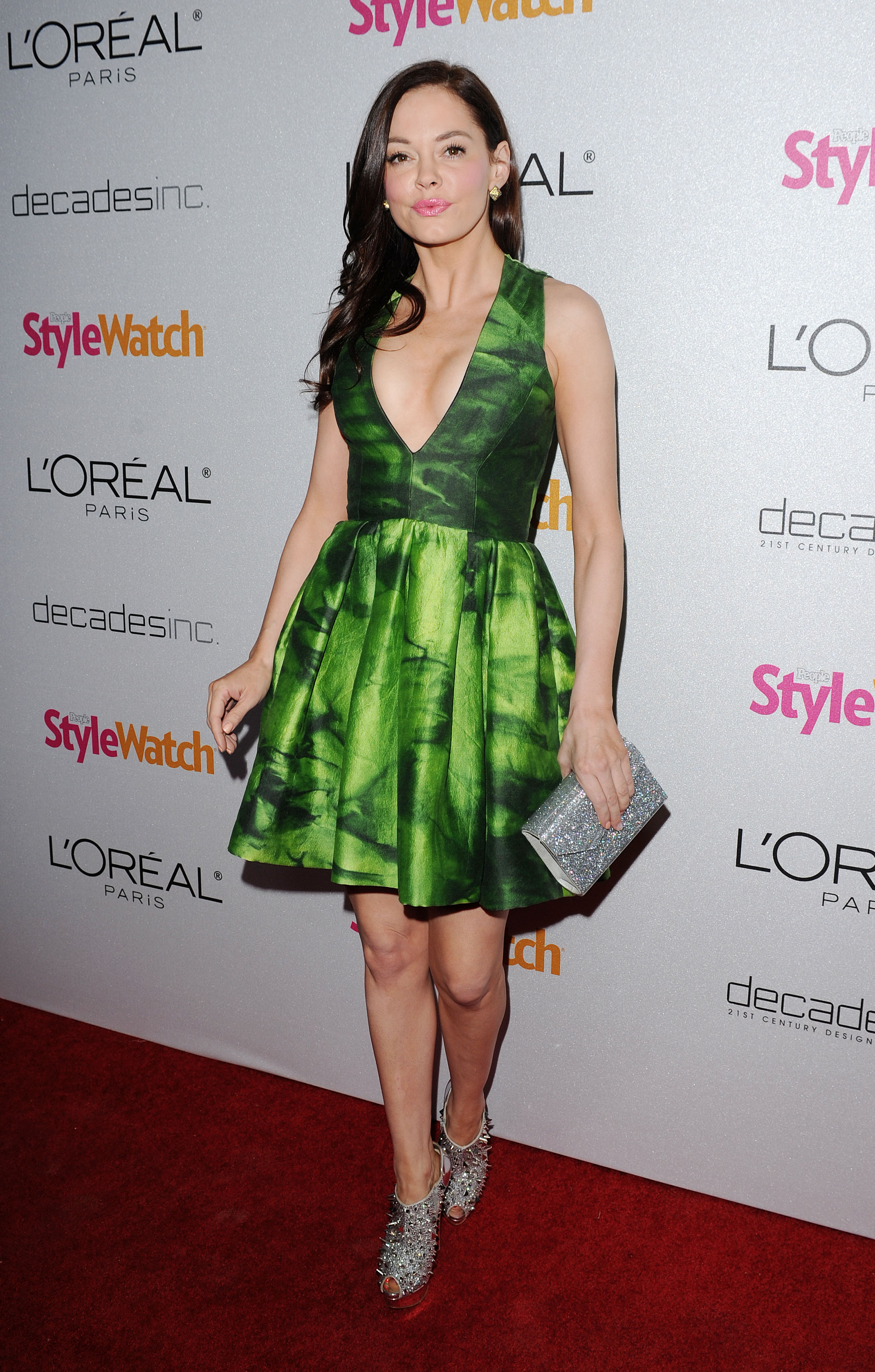 751965725_Rose_McGowan_People_StyleWatch_A_Night_of_Red_Carpet_Style_in_LA_January_27_2011_16_122_469lo.jpg