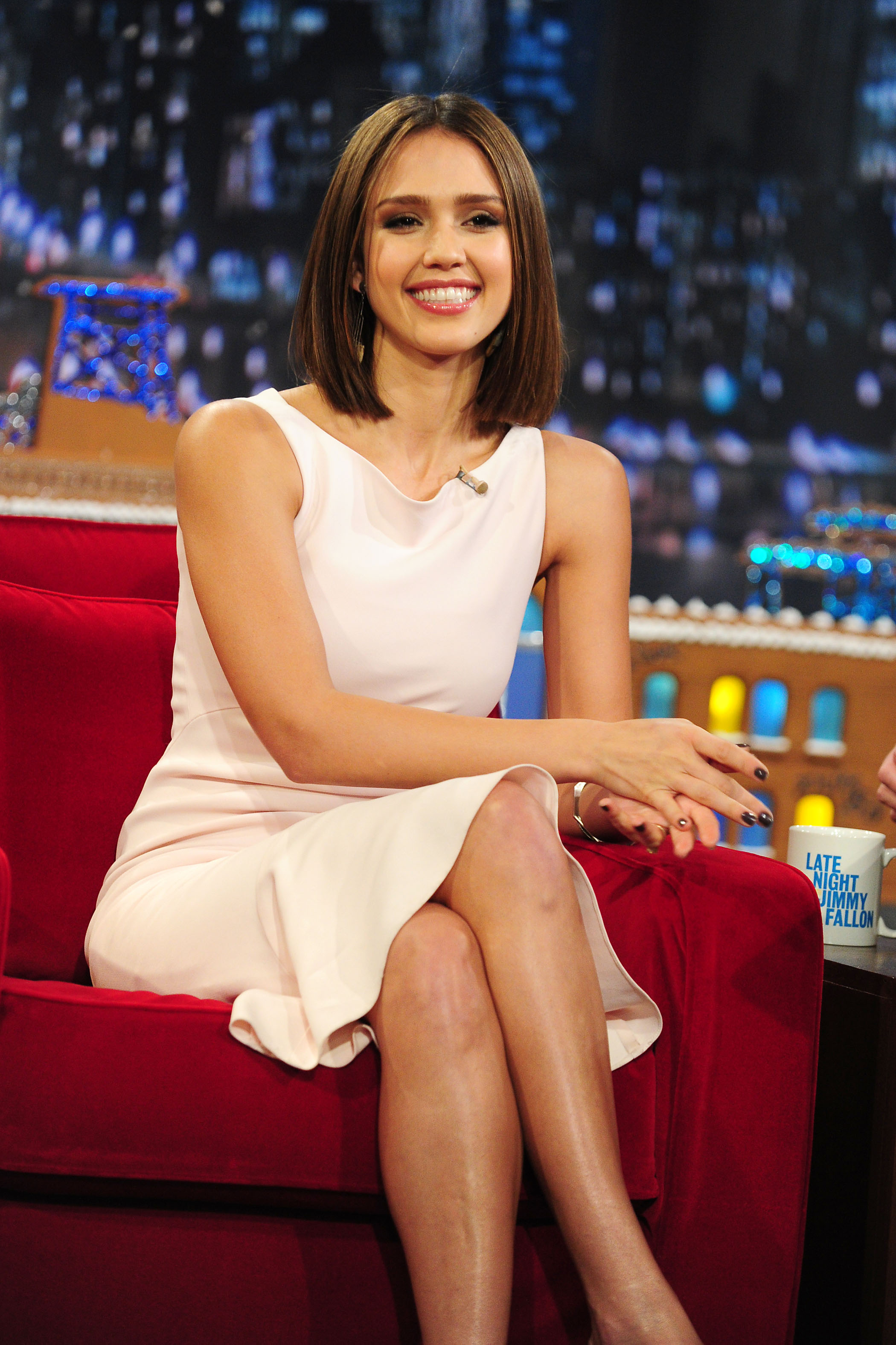 61365_Jessica_Alba_appears_on_Late_Night_with_Jimmy_Fallon9_122_541lo.jpg