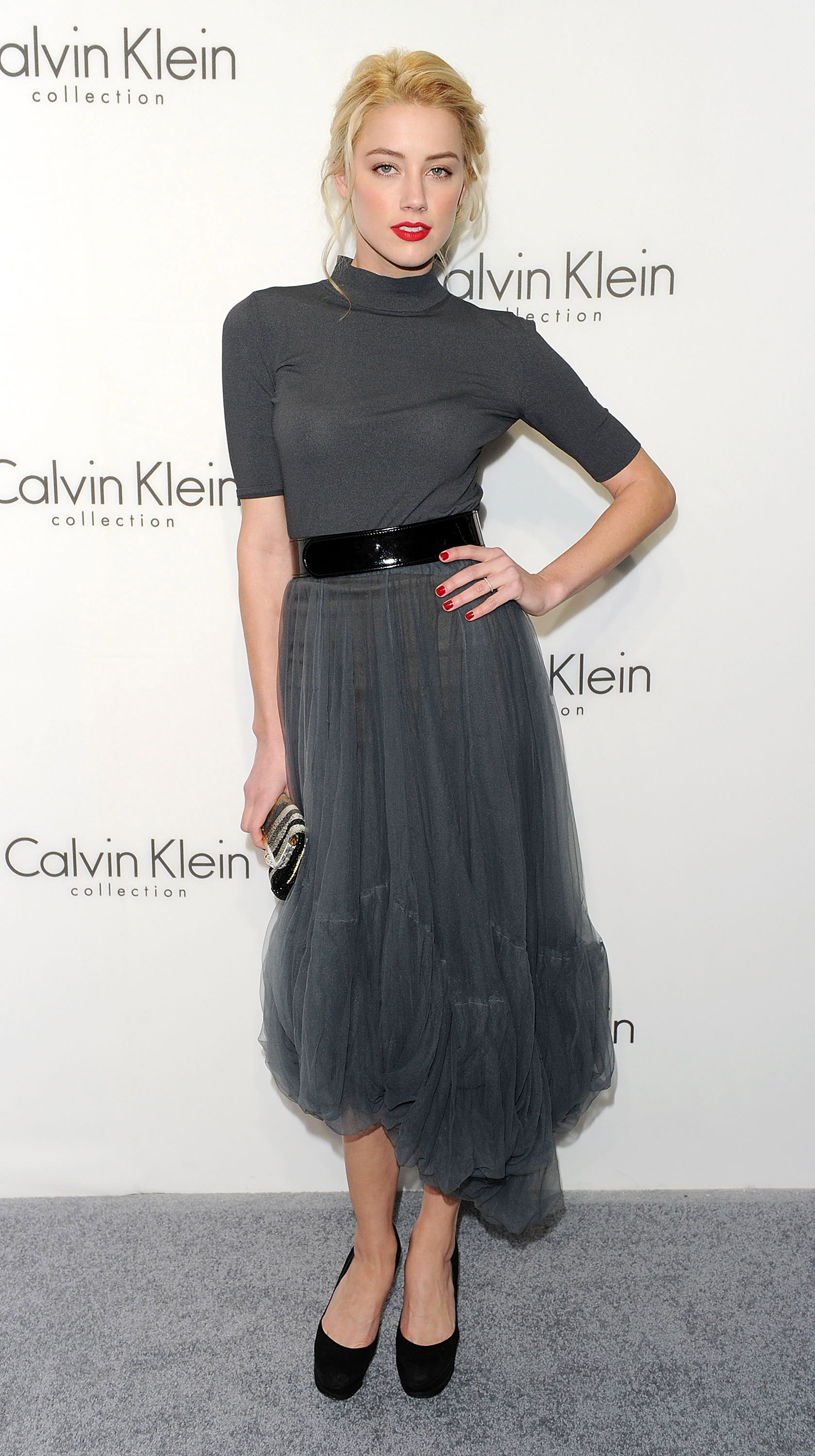 87297_amber_heard_calvin_klein_after_party-4_122_392lo.jpg