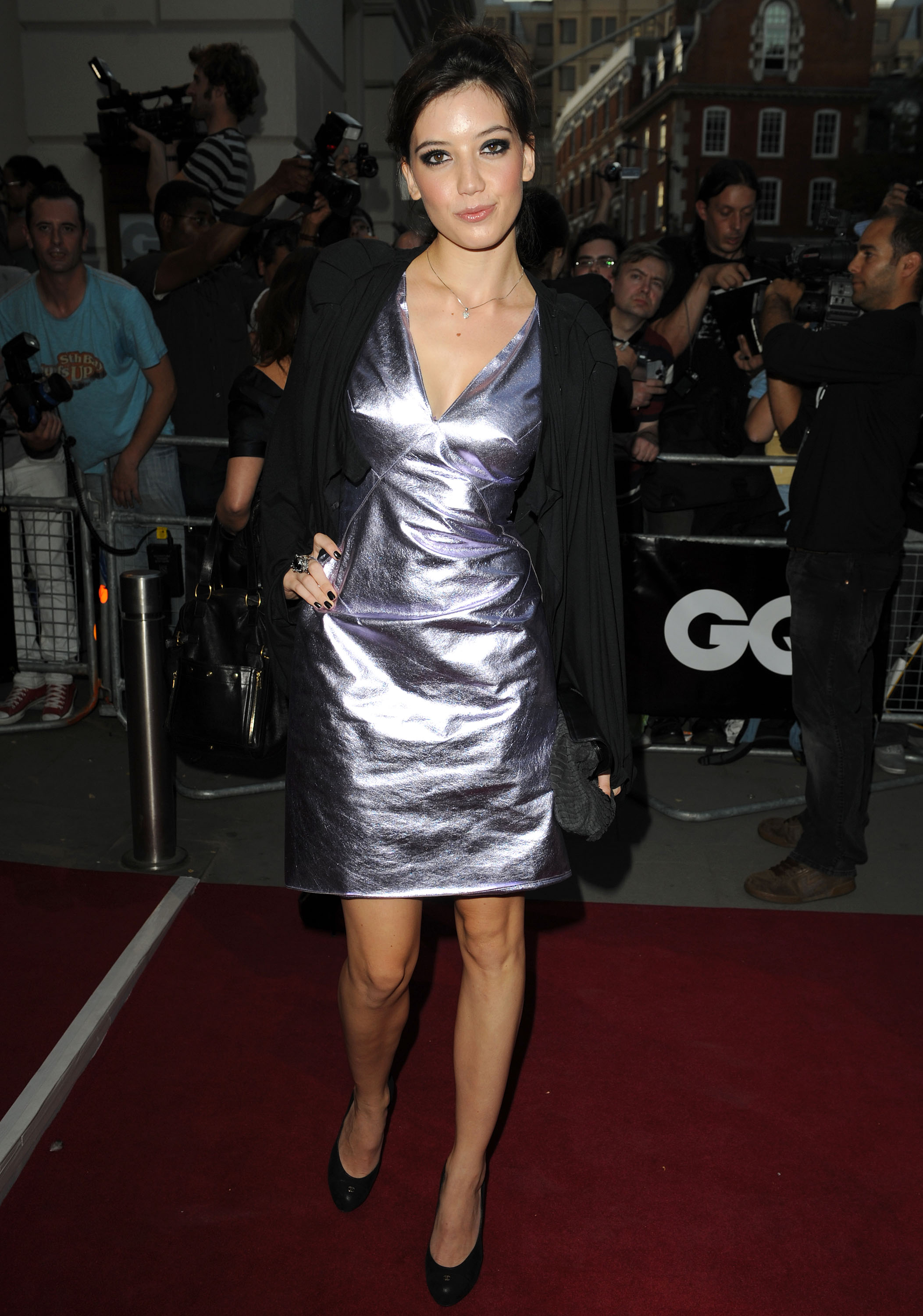 20138_Daisy_Lowe_-_GQ_Men_Of_The_Year_Awards_8th_Sept_2009_534_122_69lo.jpg