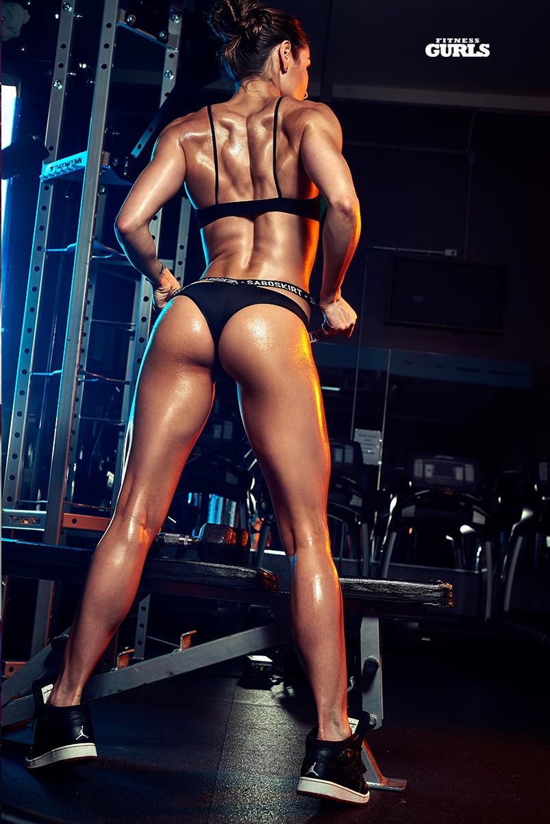 781634870_stephanie_marie_fitness_gurls_04_122_67lo.jpg