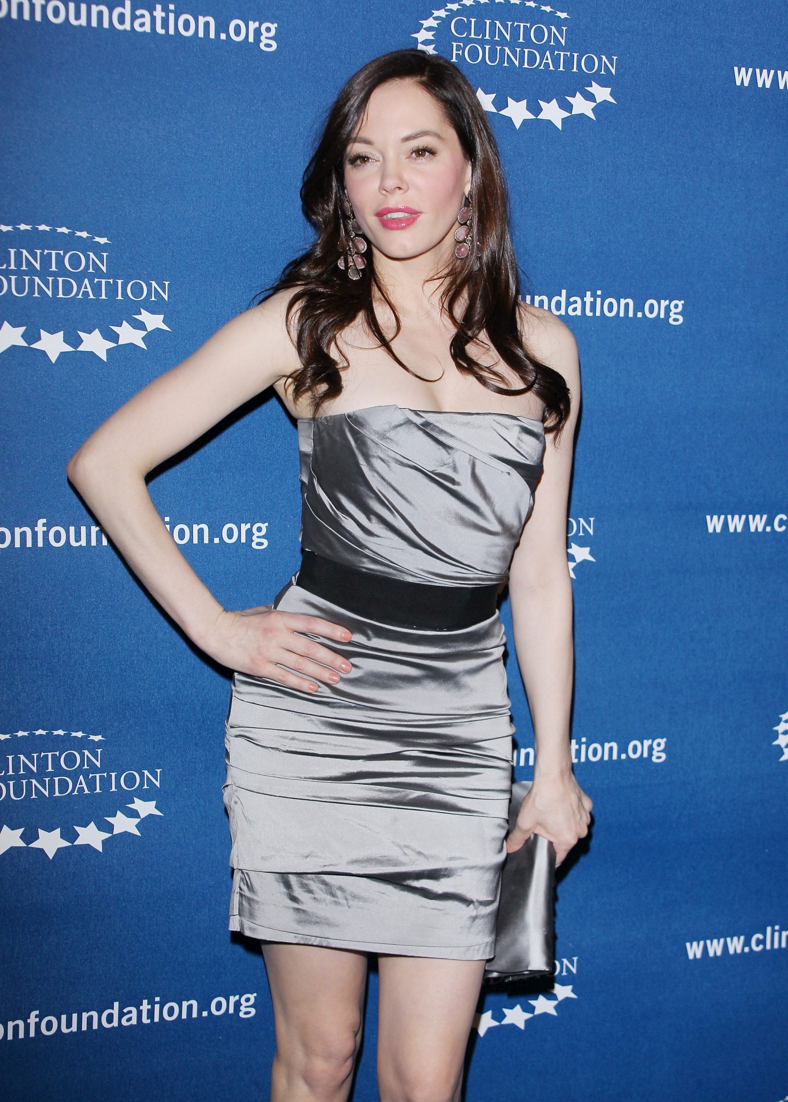 751808223_Rose_McGowan_Millennium_Network_Event_in_Hollywood_March_17_2011_04_122_421lo.jpg