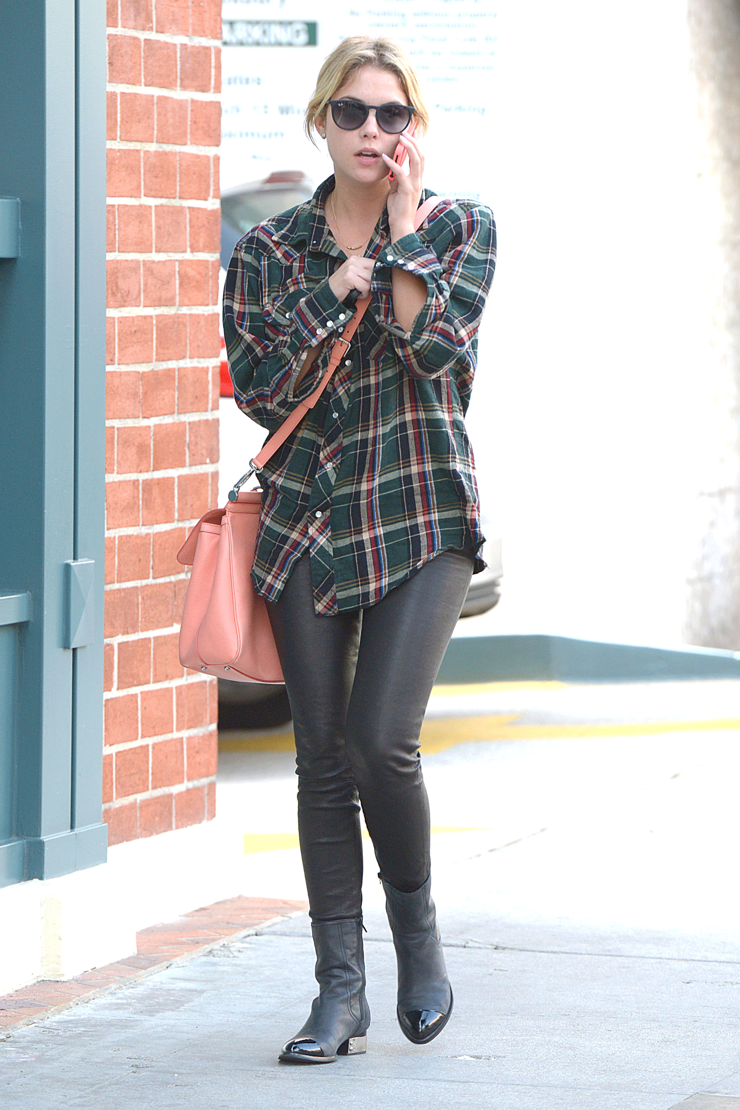 55933_Preppie_Ashley_Benson_shopping_in_Beverly_Hills_1_122_426lo.jpg