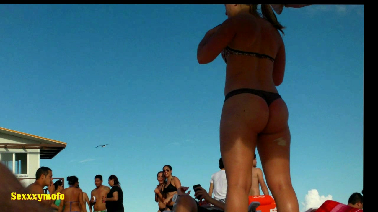 610209745_tduid2556_HDV.Argentinian.Teen.With.Thong..The.Beach_Sexxxymofo.Collection62_123_112lo.jpg