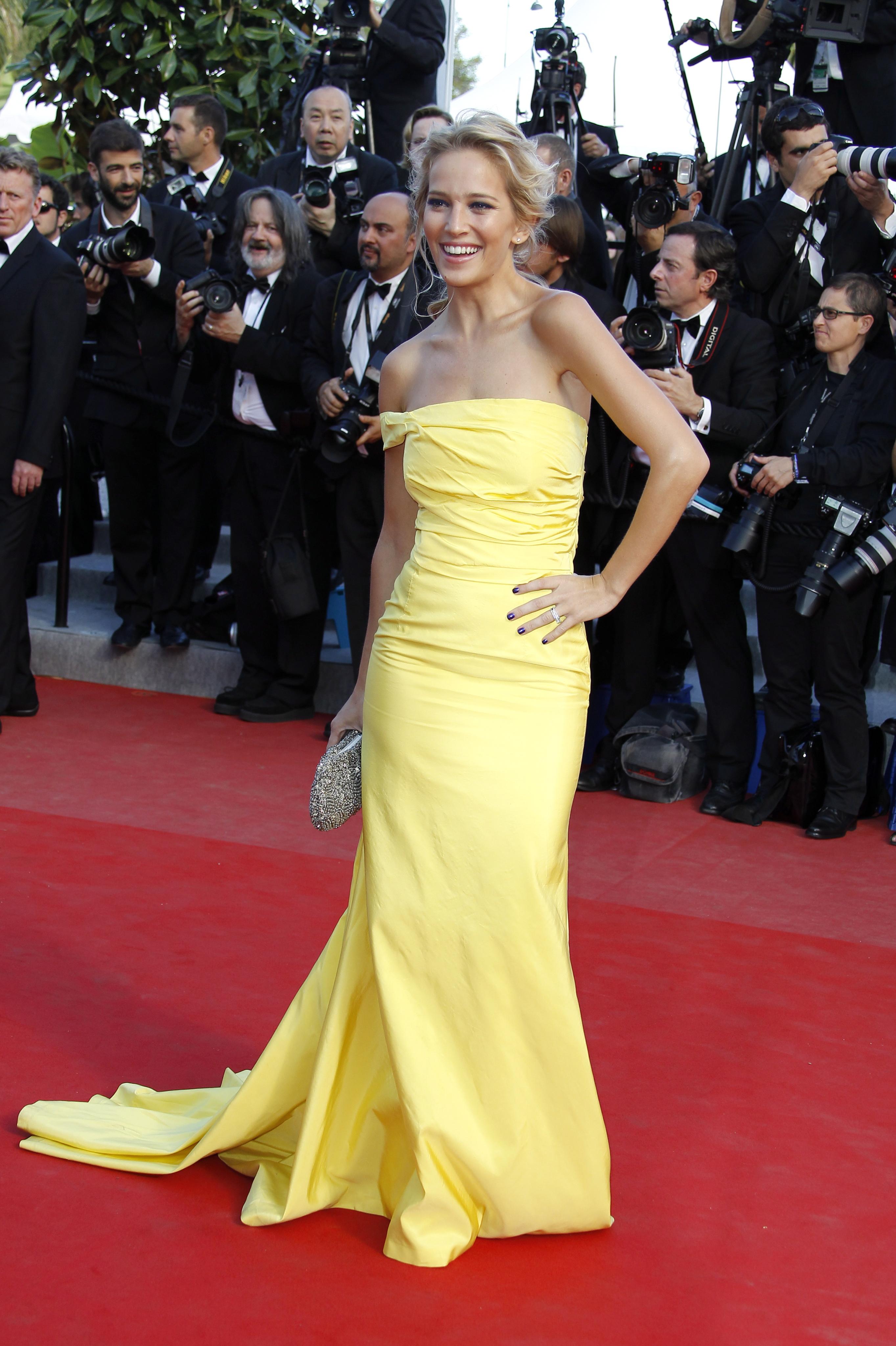 939818778_Luisana_Lopilato_On_The_Road_Premiere_Cannes9_122_478lo.jpg