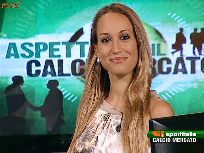 56711_DeborahSchirru_SISoloCalcio_Calciomercato120801_11_122_45lo.jpg