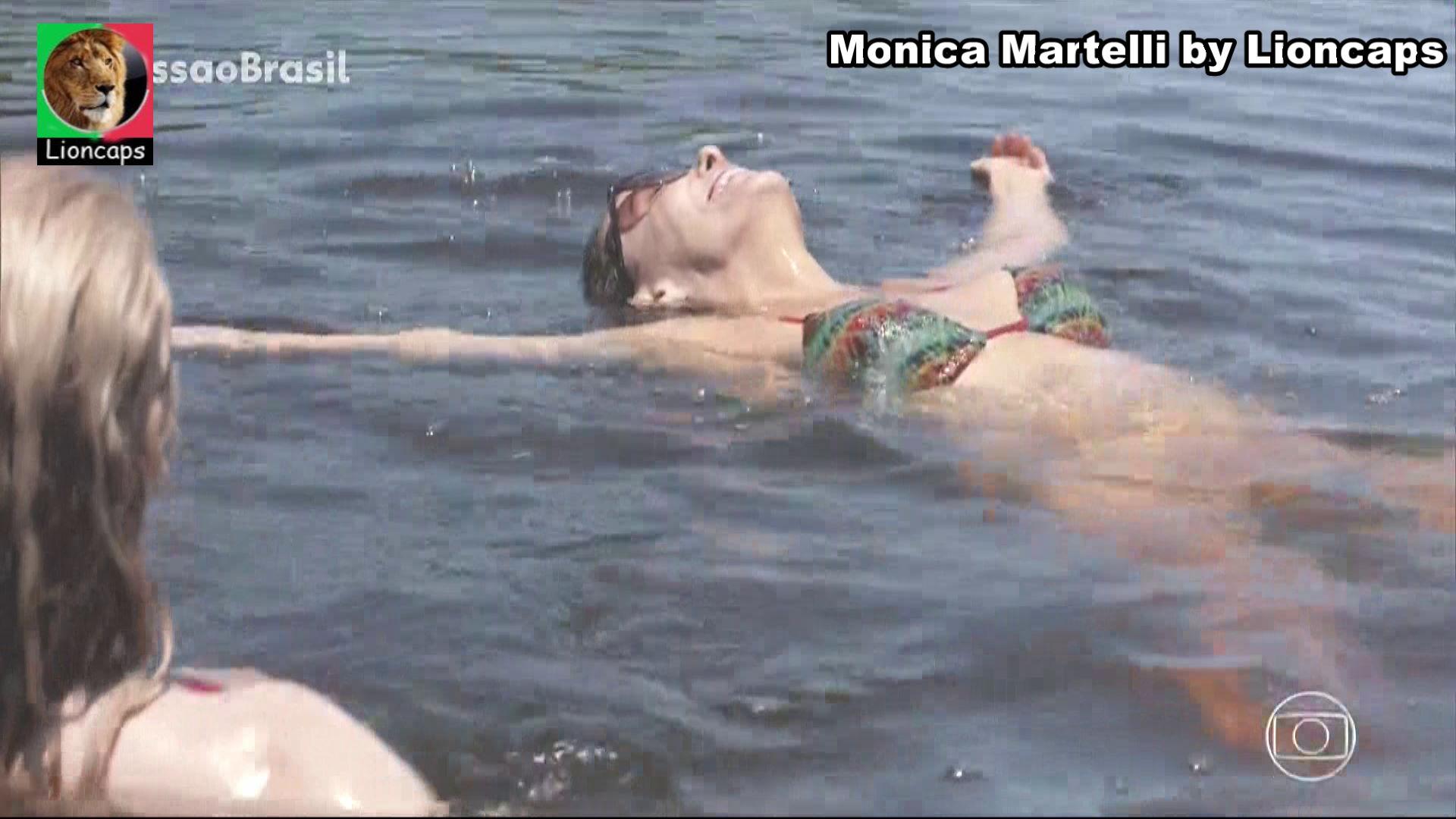 665221122_monica_martelli_vs181201_07710_122_360lo.JPG