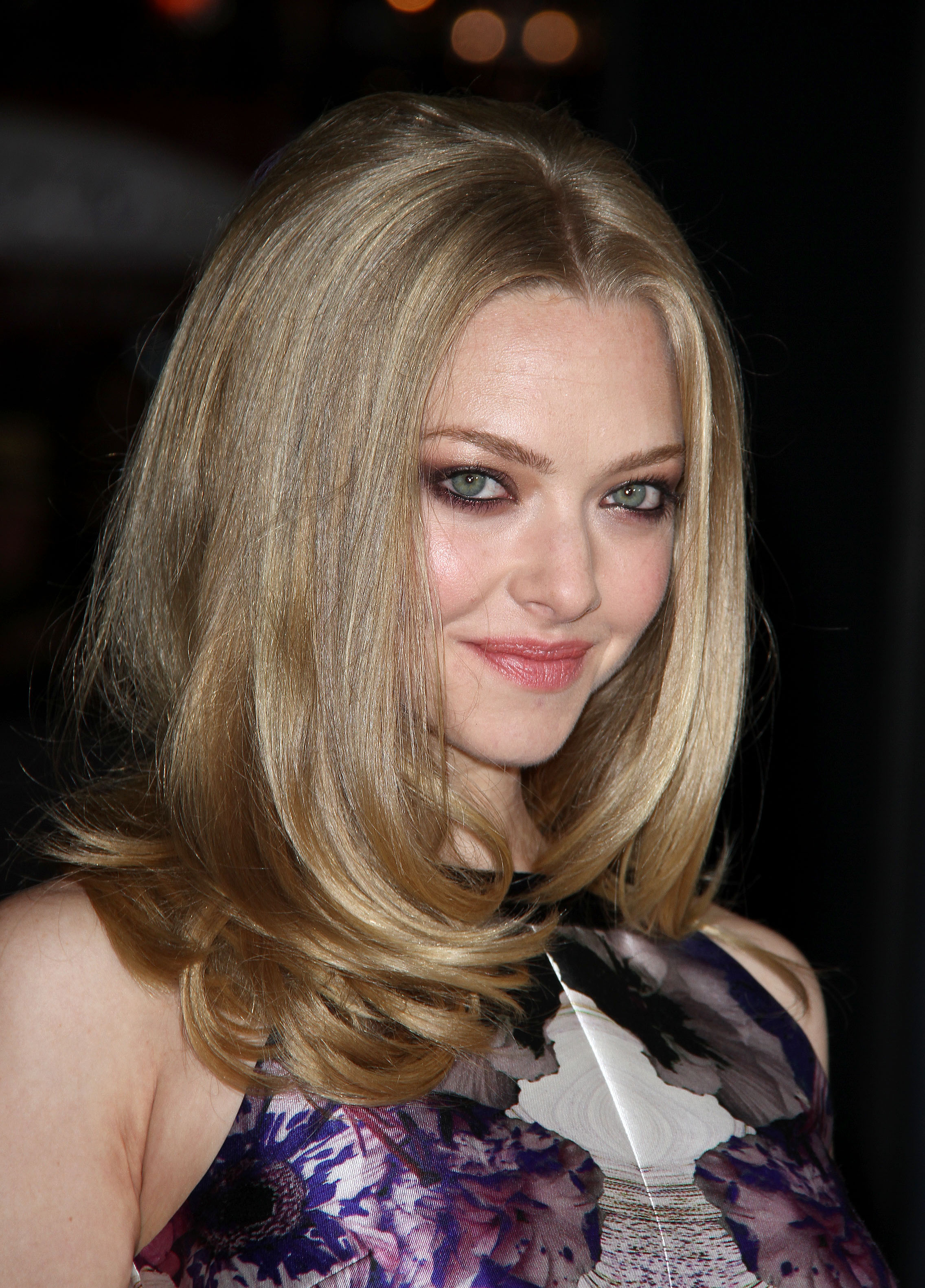 270171741_Amanda_Seyfried_In_Time_Premiere_in_LA2_122_33lo.jpg
