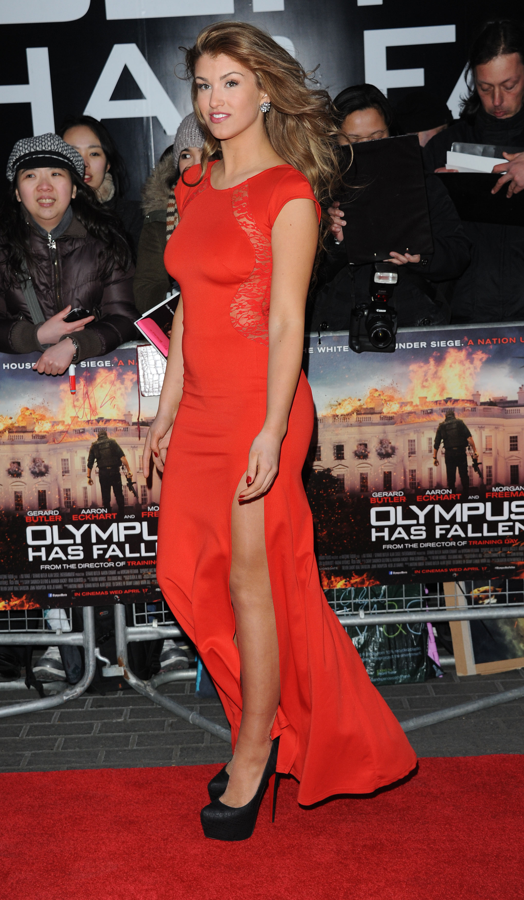376408631_AmyWillerton_olympus_has_fallen_uk_prem_022_122_64lo.jpg