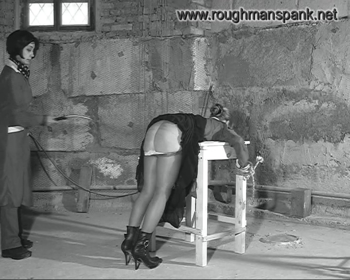 377194674_spanking_and_whipping5.mp4_20190228_200506.847_123_168lo.jpg