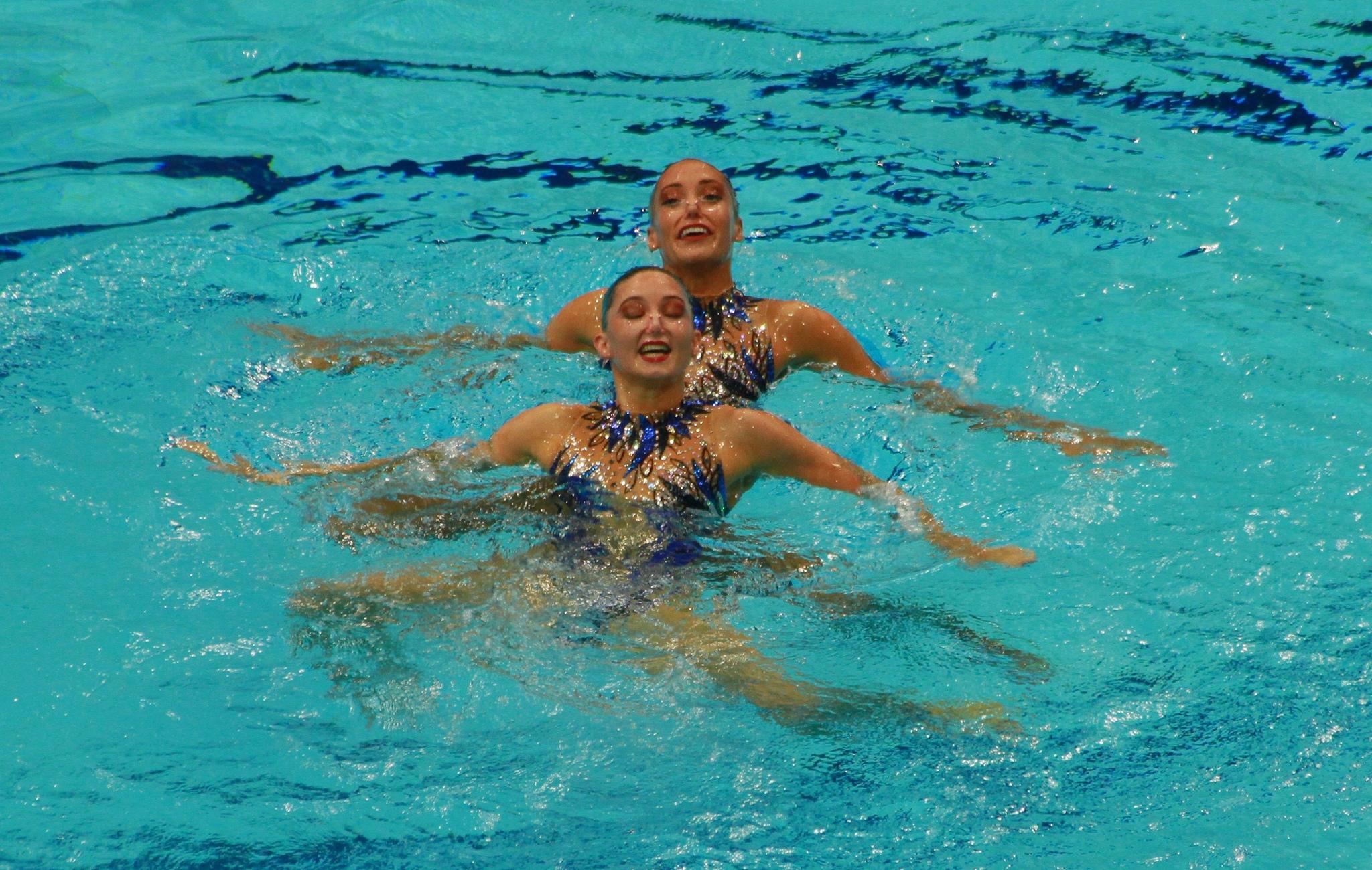 546929742_GreatBritainSynchronisedSwimming13_122_344lo.jpg
