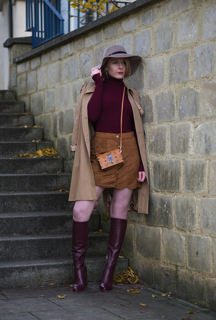 412356779_70s_suede_skirt_roll_neck_outfit_122_364lo.jpg