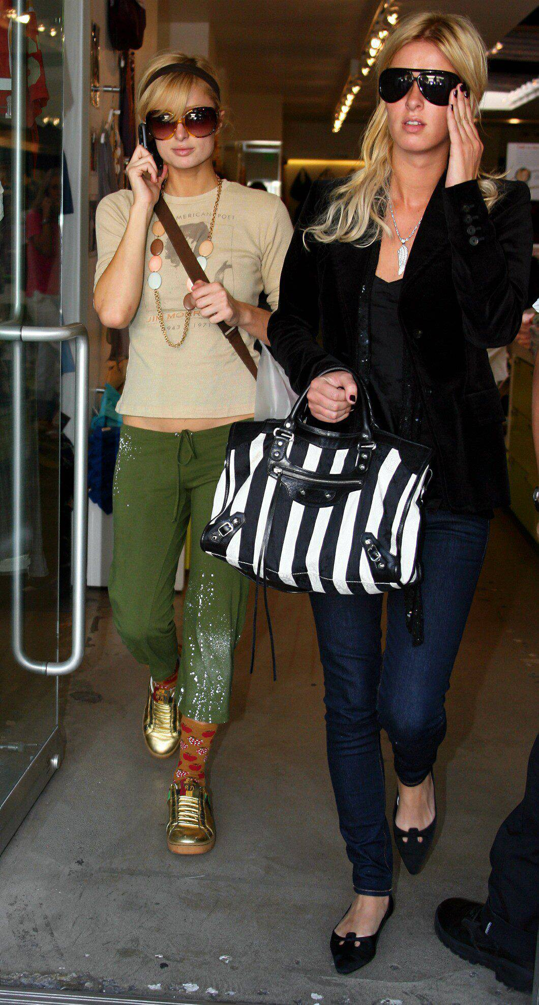 07422_Paris_and_Nicky_Hilton_shopping_at_Kitson_in_Los_Angeles_03.jpg