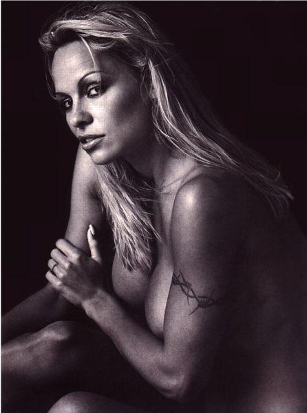 Pamela_Anderson061.jpg