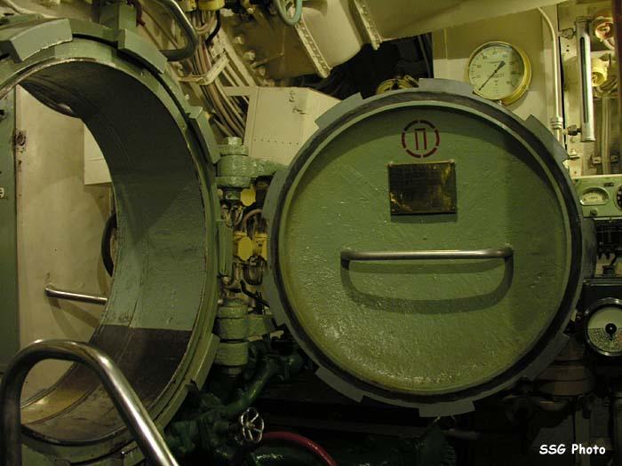 37375_submarine10_122_937lo.jpg