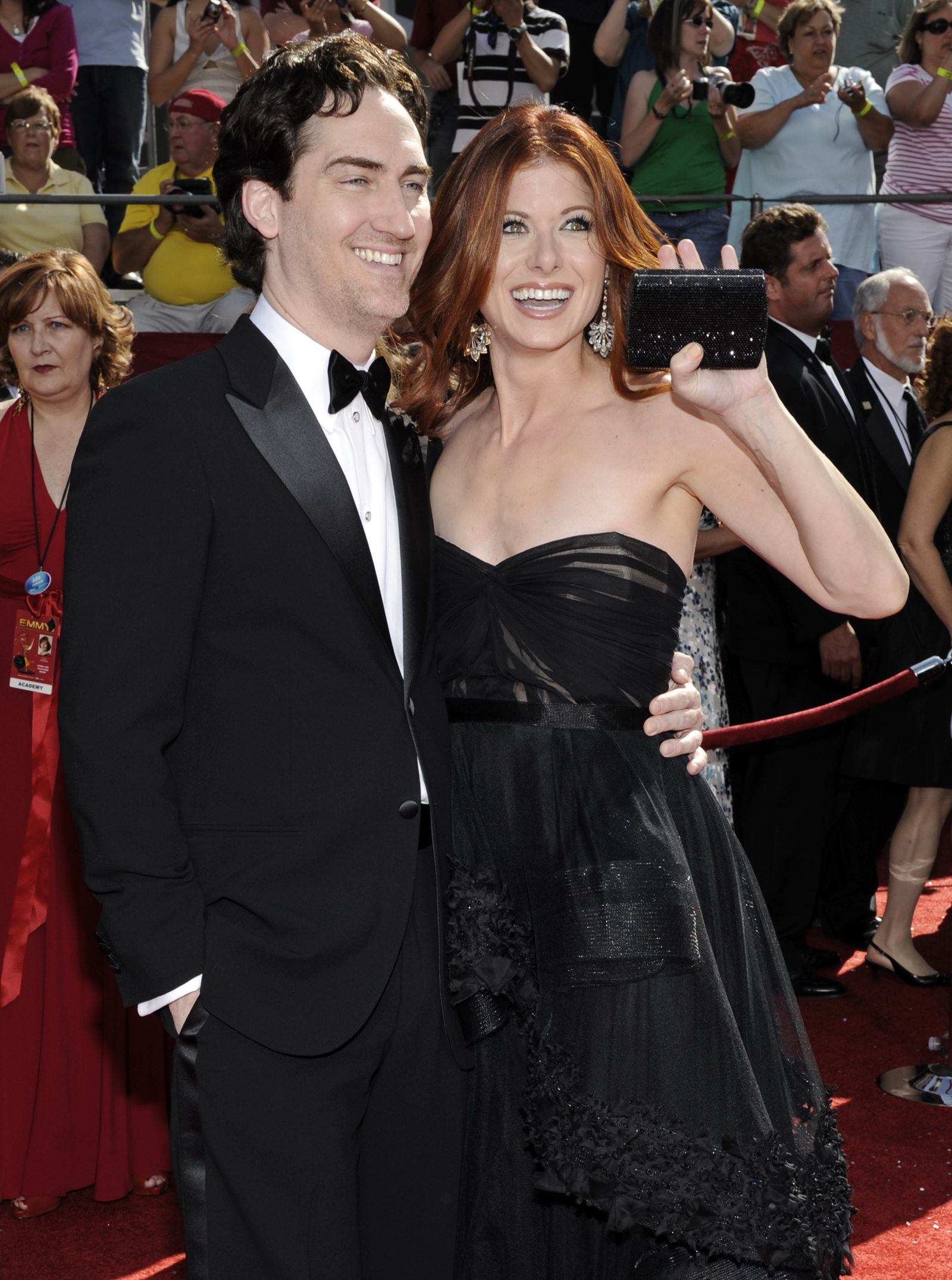 37121_Celebutopia-Debra_Messing_arrives_at_the_60th_Annual_Primetime_Emmy_Awards-02_122_1007lo.jpg