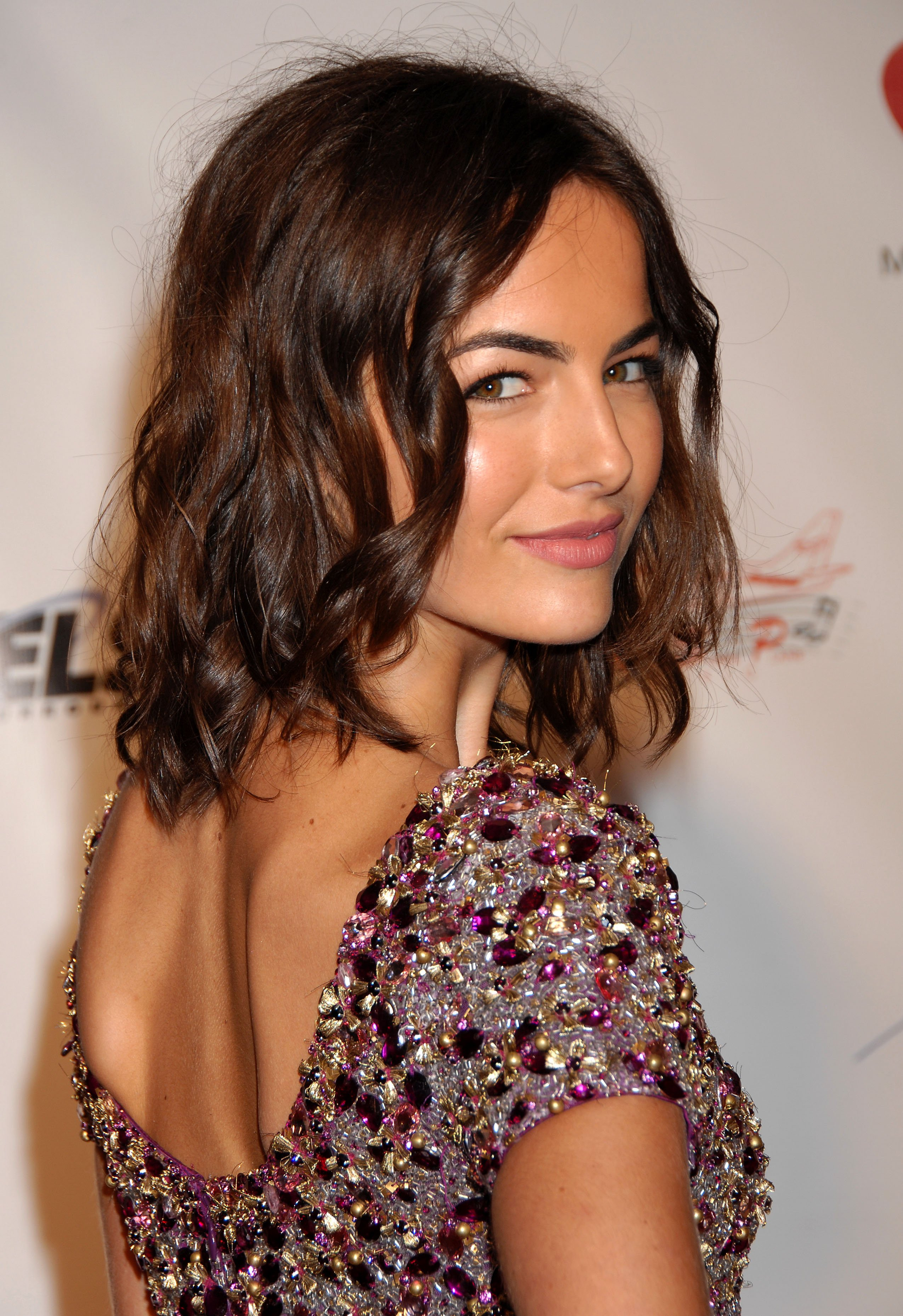 07199_Celebutopia-Camilla_Belle_arrives_at_the_2009_MusiCares_Person_Of_The_Year_Gala-15_122_691lo.JPG