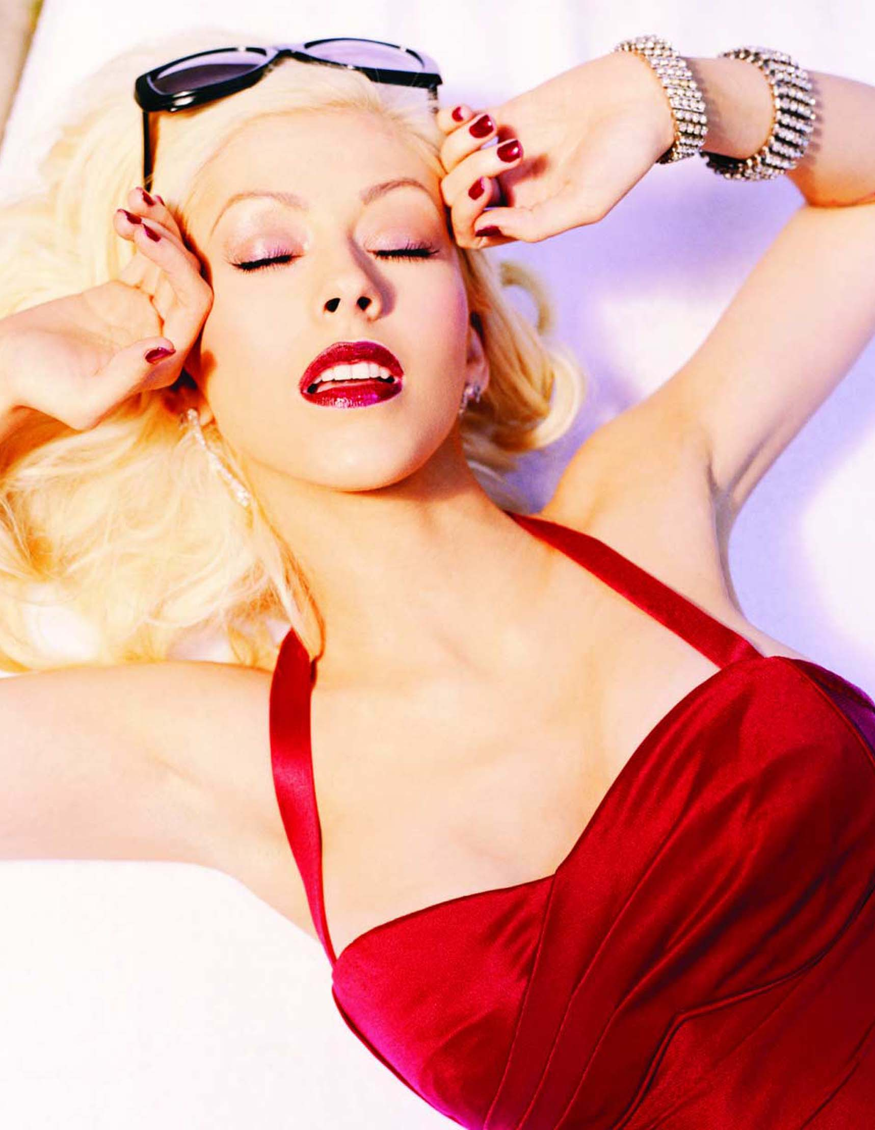 95824_Christina_Aguilera-017735_26Back_to_Basics30_Promotional_Pictures_122_768lo.jpg