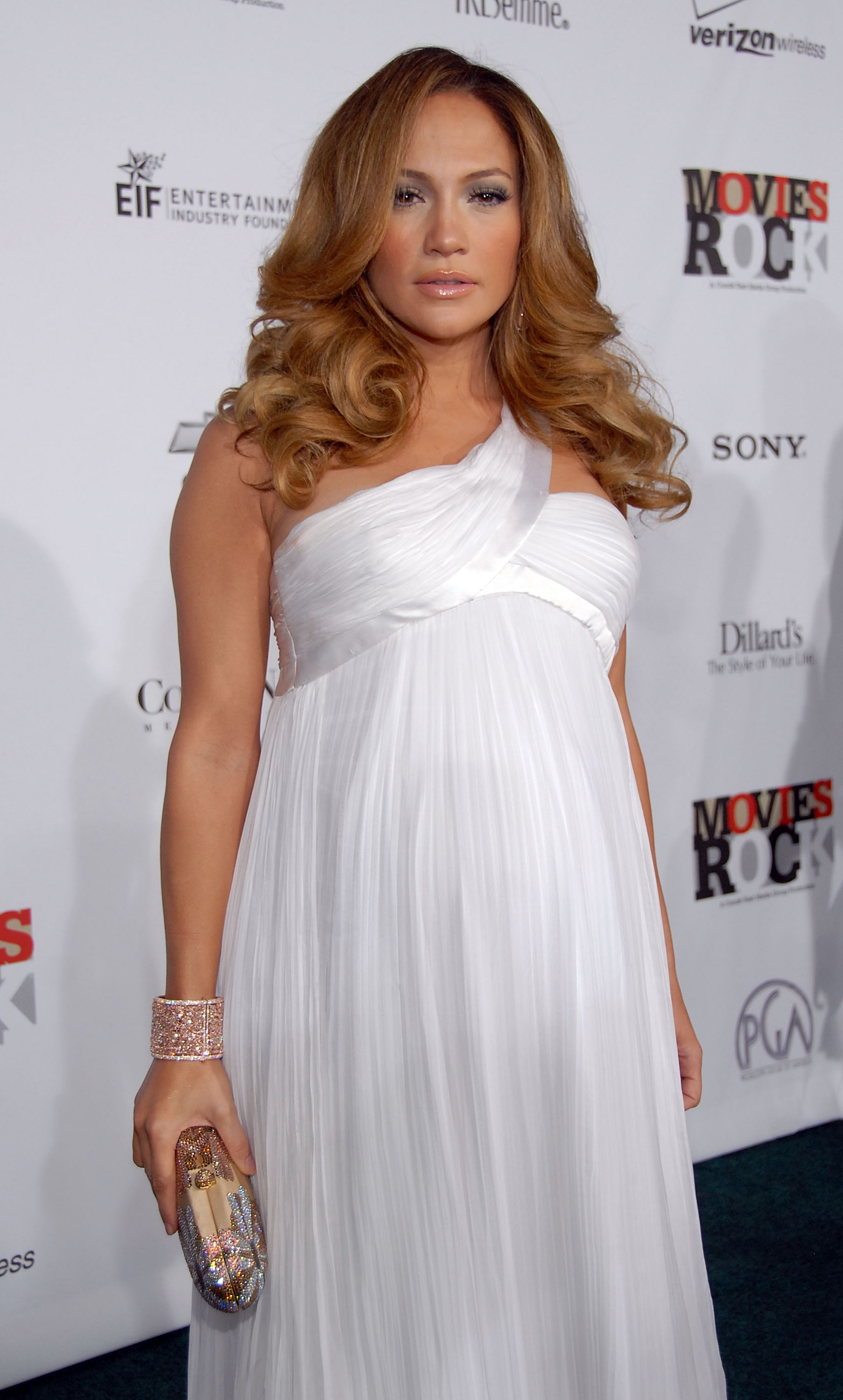 84381_Celebutopia-Jennifer_Lopez-Movies_Rock_A_Celebration_Of_Music_In_Film_in_Hollywood-09_123_905lo.jpg