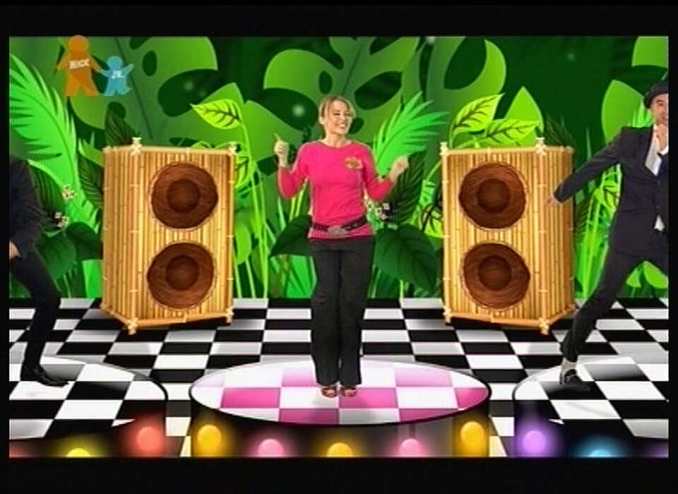 03491_Kylie_Minogue_and_the_Wiggles_Monkey_Man_13_122_1051lo.jpg