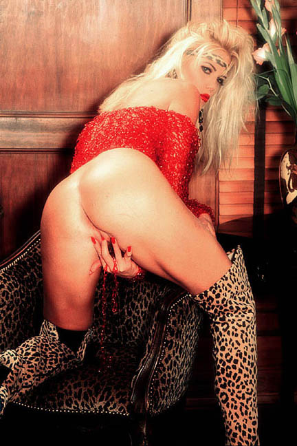 79664_Roxy_LeRoux_boots21_123_1040lo.jpg