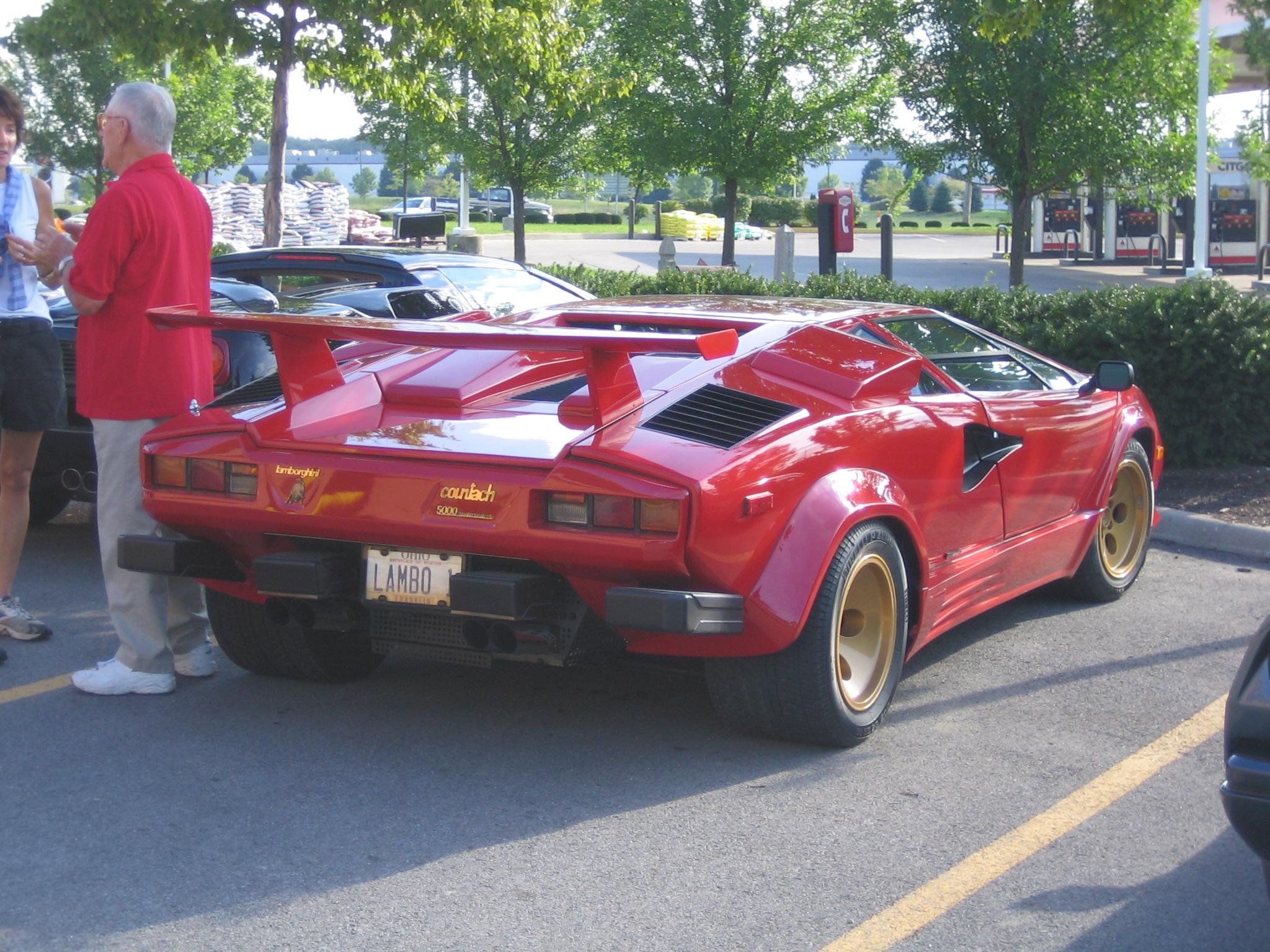 72298_Lamborghini_Countach_595_545lo.jpg