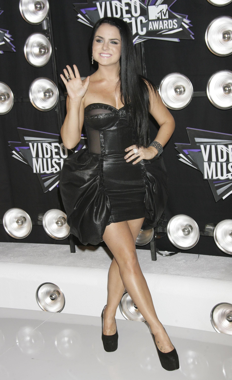 658436925_UploadedByKurupt_JoJo_MTV_Video_Music_Awards_in_Los_Angeles_ADDS_18_122_173lo.jpg