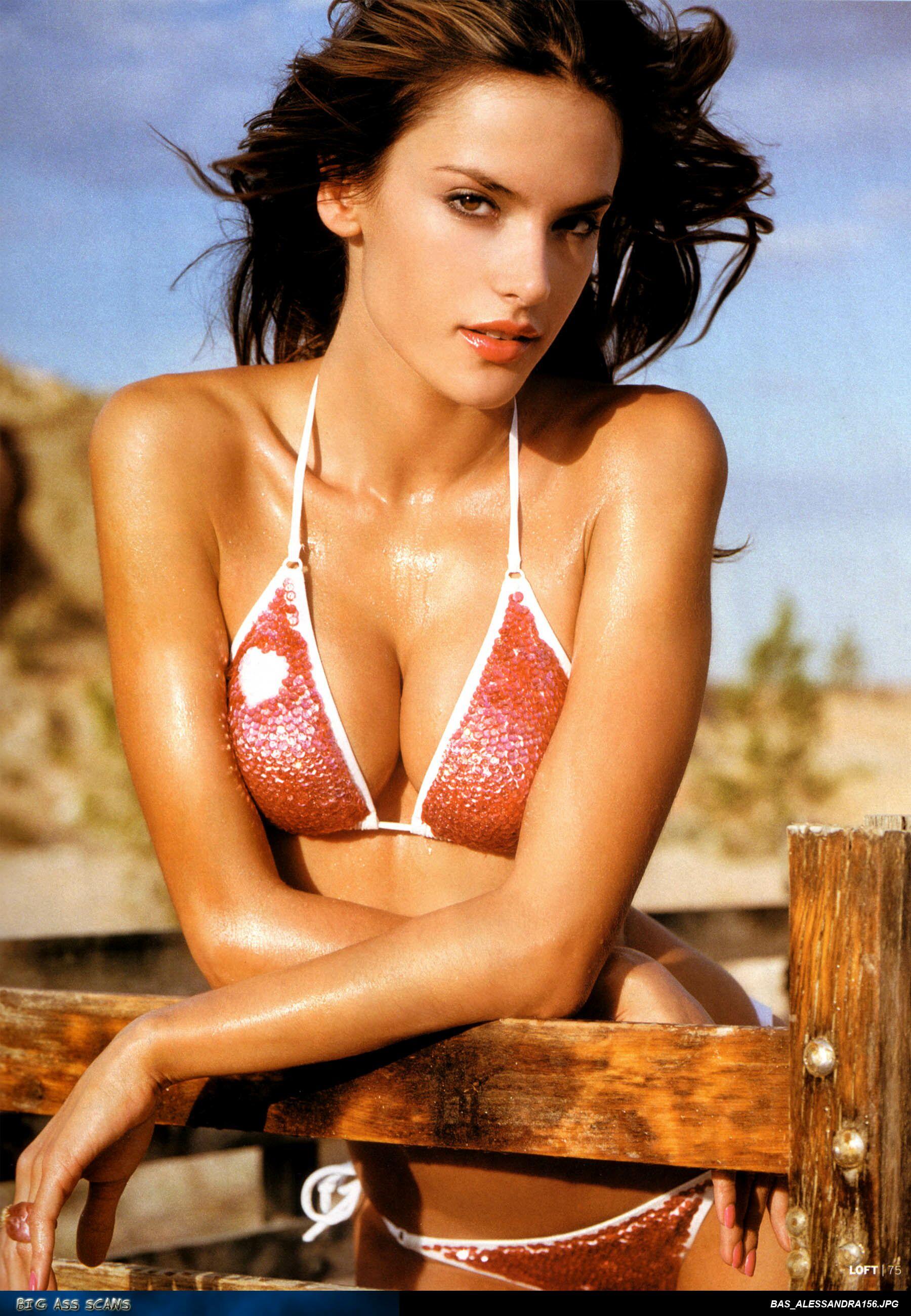 32087_Alessandra_Ambrosio_Loft_Magazine_11-2004_08_122_222lo.jpg