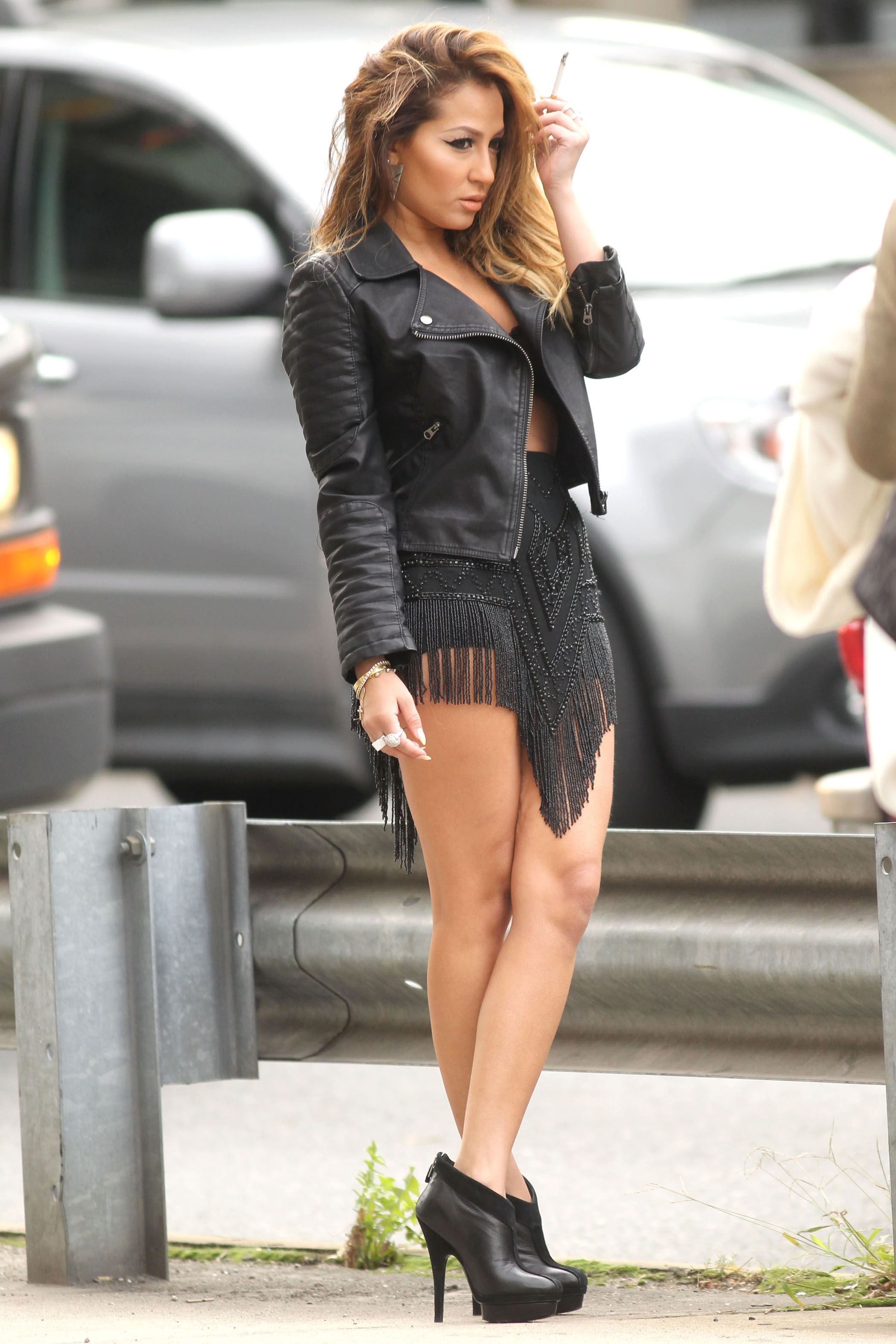 159487598_AdrienneBailon_PhotoshootSet_Upskirt_October2012_18_122_477lo.jpg