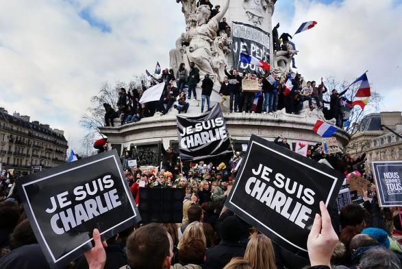 310213653_CharlieHebdo_122_135lo.jpg