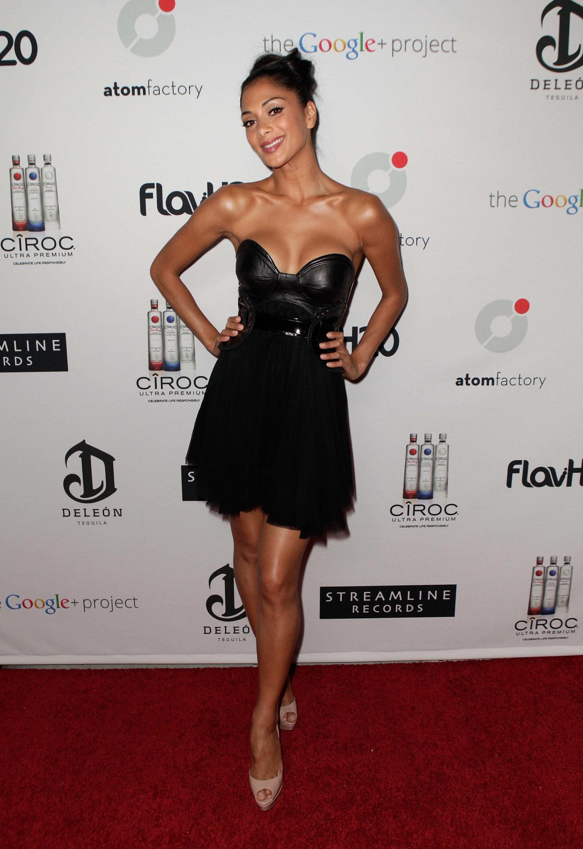 71629_Nicole_Scherzinger_Ciroc_Vodka_Presents_Atom_Factory_VMA_Dinner_In_LA_26.08.11_002_123_89lo.jpg